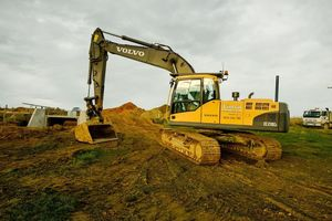 Civil services work at Linton Contracting cover site and building development, foundation, excavation and aggregate supply.